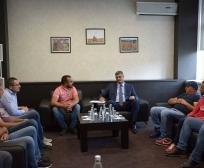 Ministar Rikalo razgovarao sa predstavnicima otkupnih stanica za maline