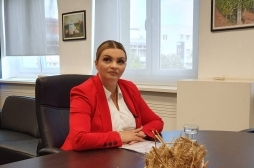 Ministrja Zhiviq uron Kurban Bajramin