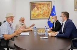 Takim i frytshëm i ministrit Mustafa me Lidhjen e Bletarëve