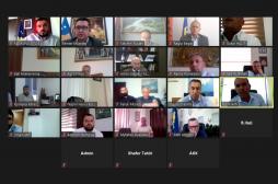 Ministri Mustafa takim virtual me kryetarët e komunave