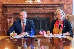 Ministar Faton Peci u SAD potpisao je Memorandum razumevanja sa državnim univerzitetom u Ajovi