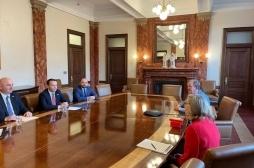 Ministri Faton Peci merr përkrahjen e Universitetit Shtetëror të Iowas për shkëmbimin e përvojave në bujqësi