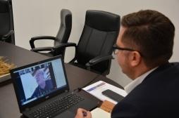 Ministri Mustafa në konferencë virtuale për avancimin e politikave për menaxhim me pyjet
