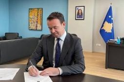 Ministri Faton Peci nënshkruan Programin për Pagesa Direkte