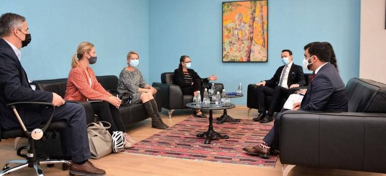 Ministri Peci pret në takim koordinatoren e Kombeve të Bashkuara në Kosovë, Ulrika Richardson