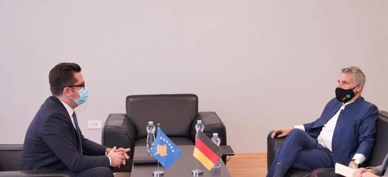 Ministri në detyrë Mustafa priti në takim ambasadorin gjerman Rohde